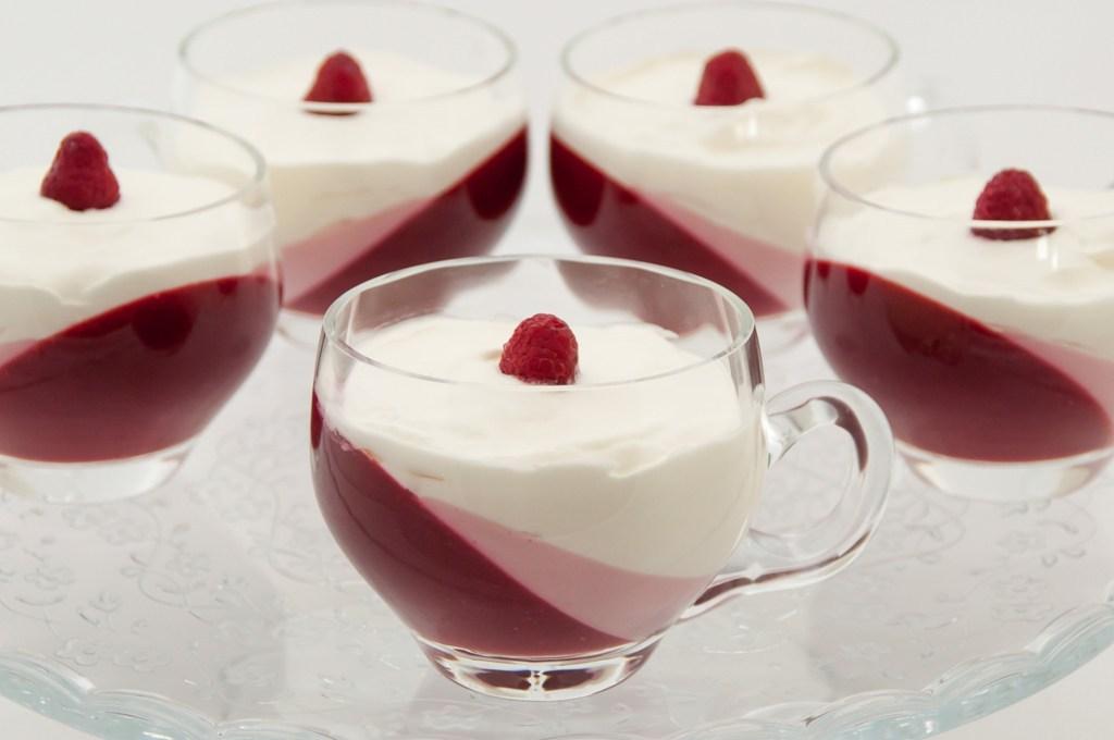 himbeer joghurt dessert diy anleitungen ansalia 39 s welt. Black Bedroom Furniture Sets. Home Design Ideas