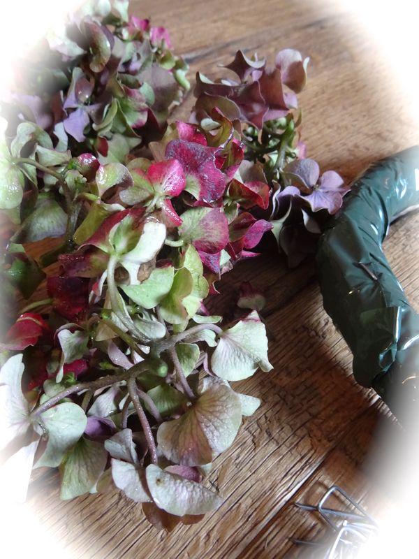 Hortensien Trocknen nostalgischer blütenkranz aus hortensien diy anleitungen