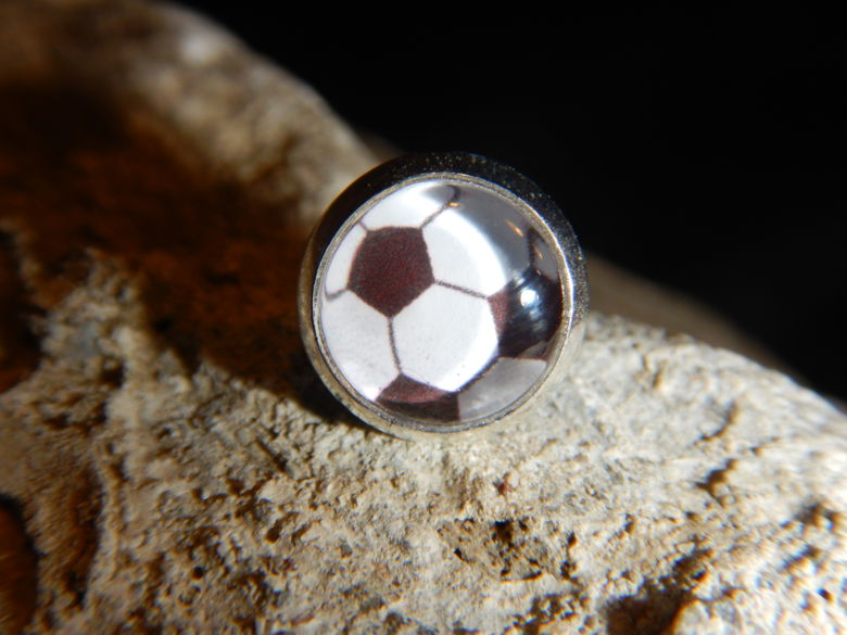 Ohrring Fussball 8mm