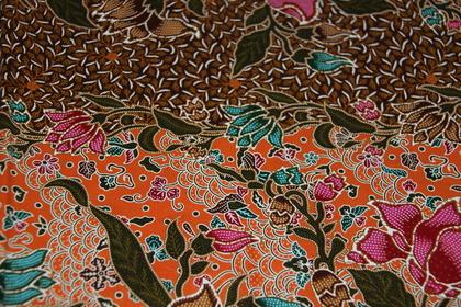 2 m orientalisch bedruckter stoff sarong floral ornament. Black Bedroom Furniture Sets. Home Design Ideas