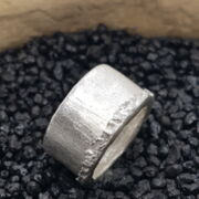 Silber-Ring spezielle Form