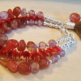 INDIAN SUMMER - Perlenarmband in Silber - rot
