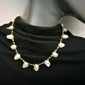 "Collier ""Shiny Pearls"""